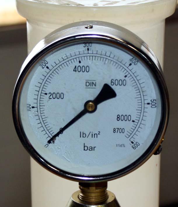 cadran 600 bars pompe a tarer